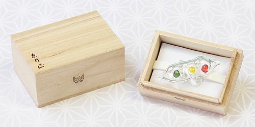 ガラス帯留め 木箱