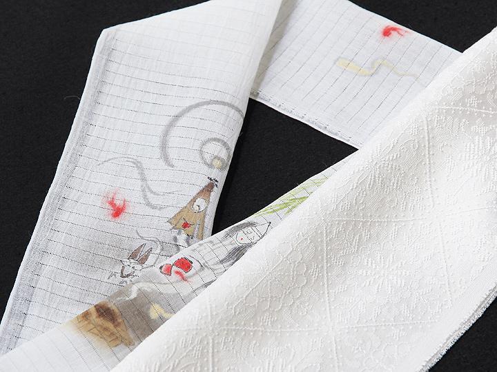 夏物手描き半襟 お化け屋敷 白の生地と合わせたイメージ