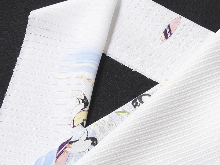 夏物手描き半襟 波乗りペンギン 白の生地と合わせたイメージ